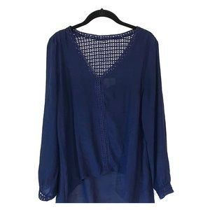 Sweet Wanderer blouse navy blue EUC